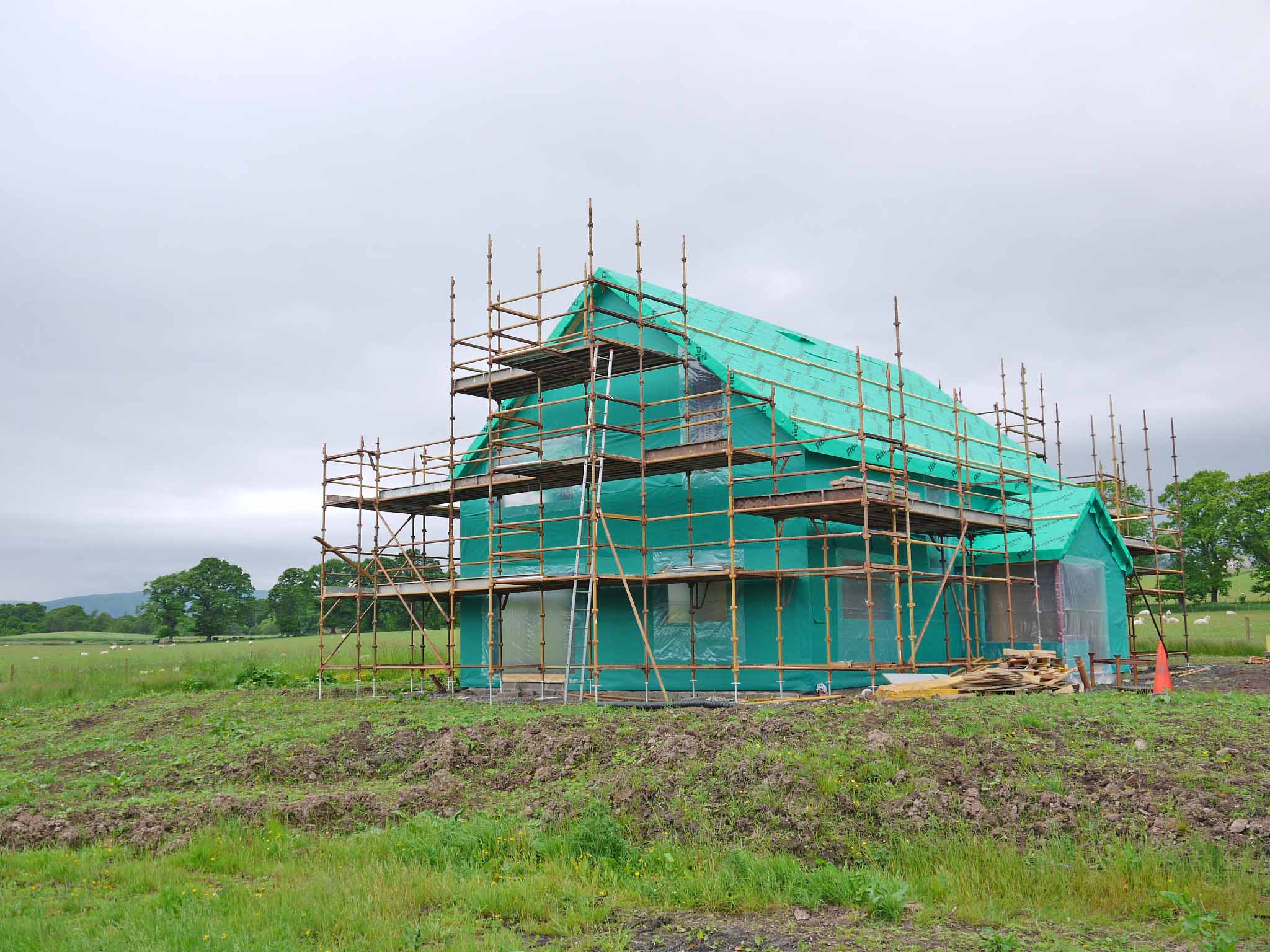 LOW-ENERGY SELF BUILD SIPS HOUSE AT TULLYMORAN