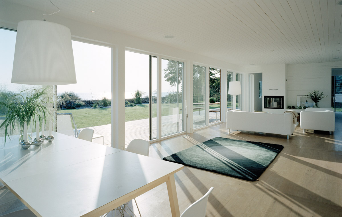 Bring Your Garden into Your Living Room – Bi-Fold and Sliding Doors